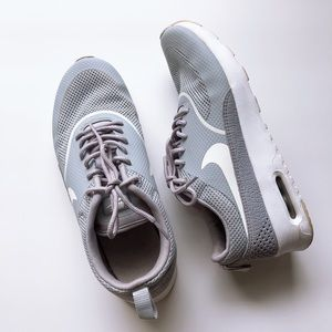 Nike Air Max Thea size 8